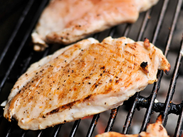 The Best Juicy Grilled Boneless, Skinless Chicken Breasts Recipe - see the great BBQ guide and Tips here