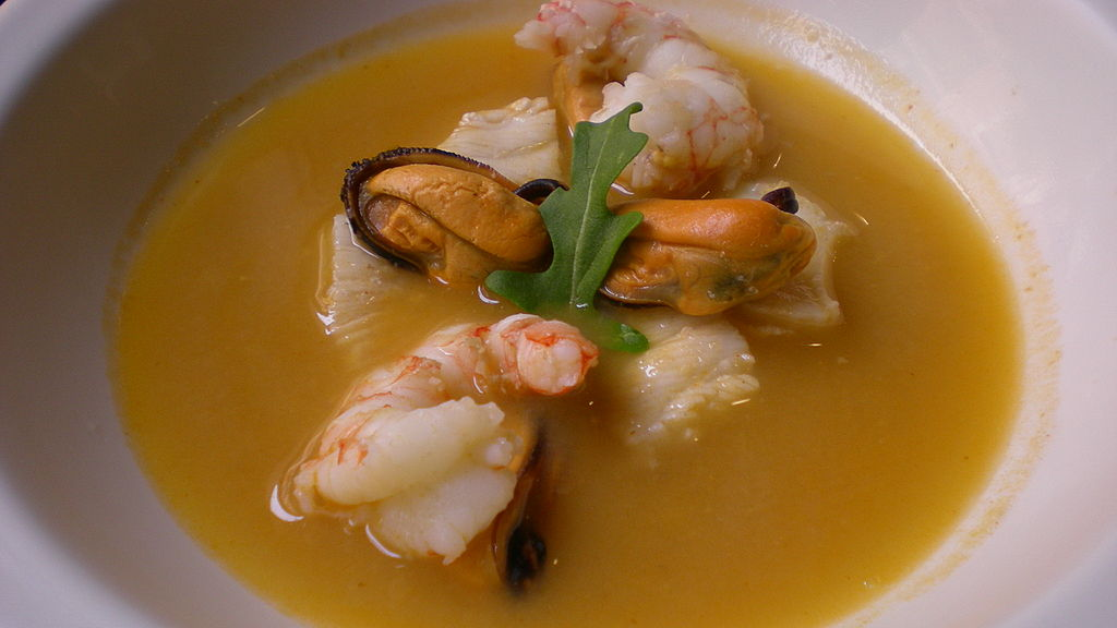 Chinese style hot and spicy seafood soup - see the grest recipes here