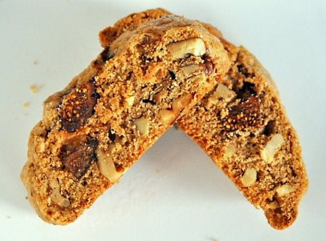 Fig and Walnut Biscotti Recipe - one of the many great variations to try using this wonderful recipe