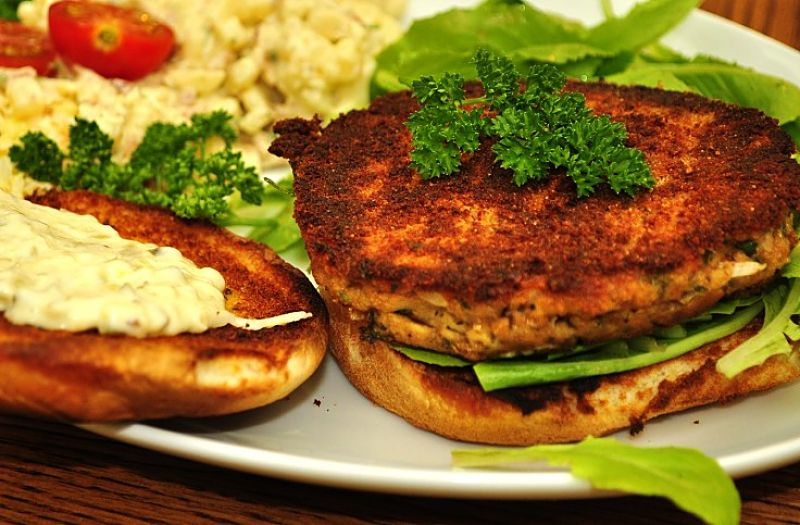 Salmon patties can be served on their own or in buns or sandwiches