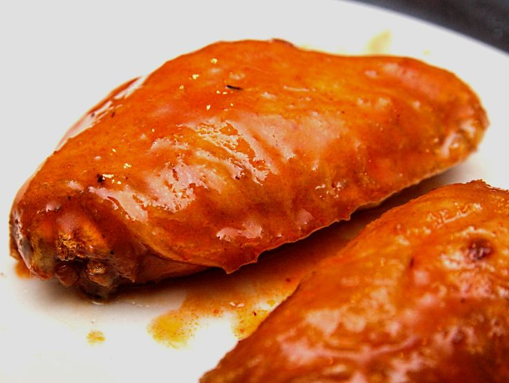 Rich, spicy and creamy buffalo sauce adds to the appeal of grilled or fried wings and other meat dishes