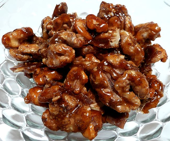 Discover the delights of homemade cadied walnuts - hot and spicy