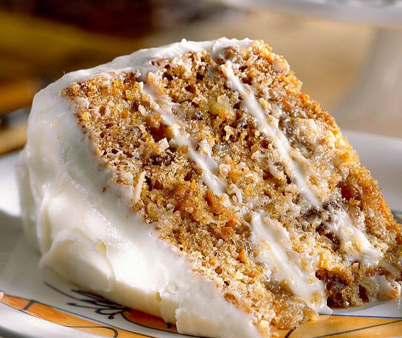 Discover the wonderful array of homemade carrot cake recipes and icing/frosting recipes in this article - foolproof!