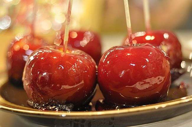 Bonfire Toffee Apples Recipe - See a wonderful range of variations in this article