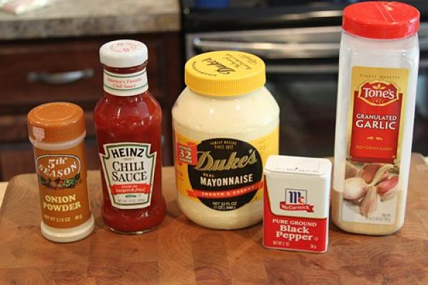 Ingredients for comeback sauce - see how to make it here in this article