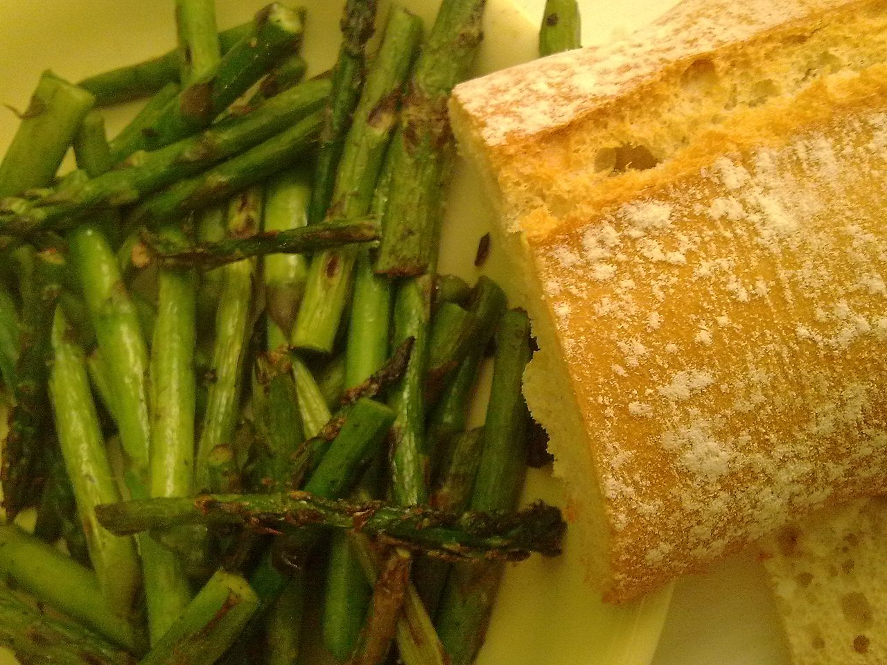 Discover how to cook fresh asparagus is many ways