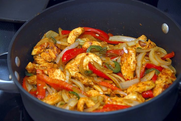 Chicken Fajita Recipe - see how to make and use this delightful Mexican spicy rub and taste enhancer