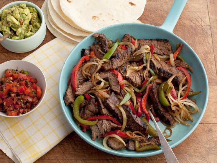 Sizzling Fajitas spicy beef strips - Learn how to make this delightful spice mix at home