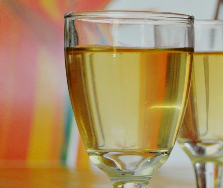 Jamaican Ginger Wine is a lovely drink. Learn how to make this recipe and the other lovely ginger wine drinks in this article.