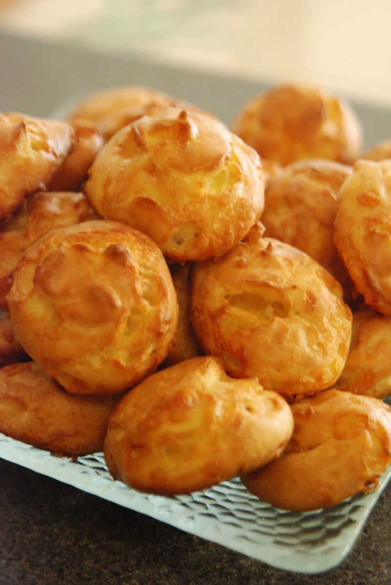 Serve homemade cheese Gougeres with your favorite wines as you guests wait for the main meal to be served. |