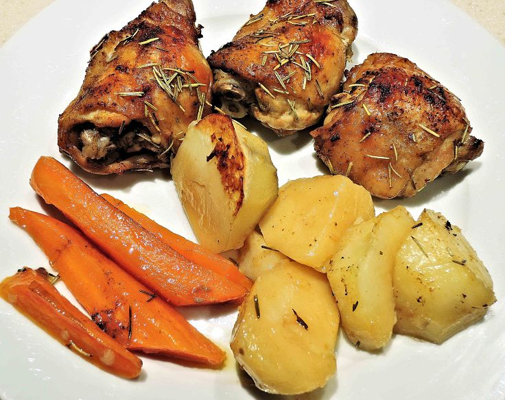Roast chicken with roast potatoes and carrots - so nice