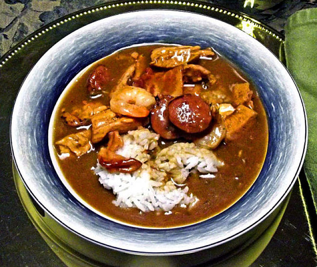 Many gumbo dishes have a variety of meats, often combining chicken, seafood and sausage