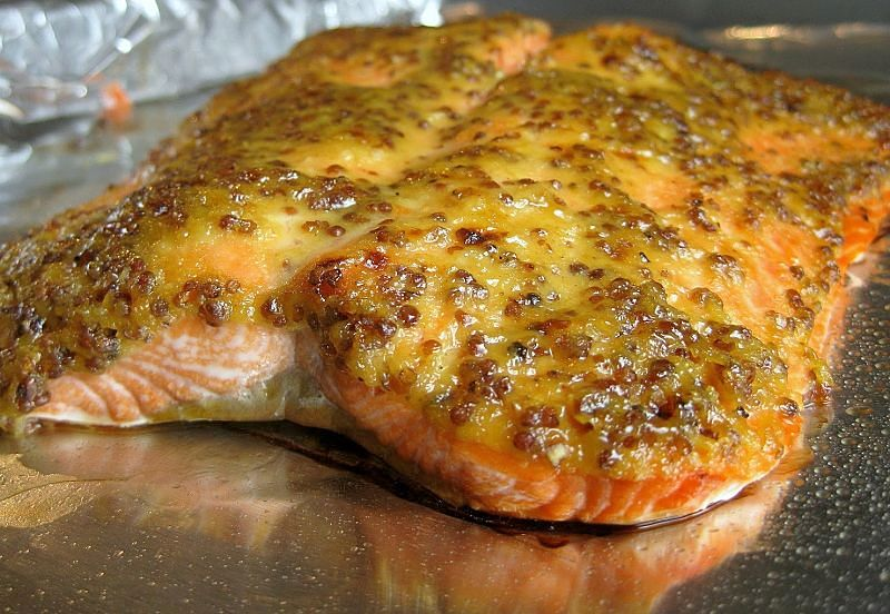 Honey mustard salmon is a great dish for dinner parties