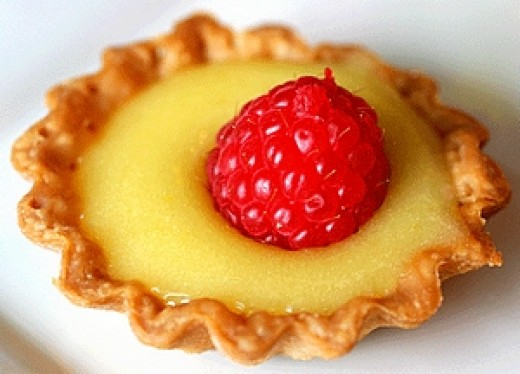 Learn to make lemon curd and lemon butter for tarts and desserts