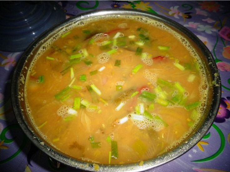Mulligatawny soup can be made 'creamy' or 'chunky' by pureeing the vegetables or leaving them chopped or diced.