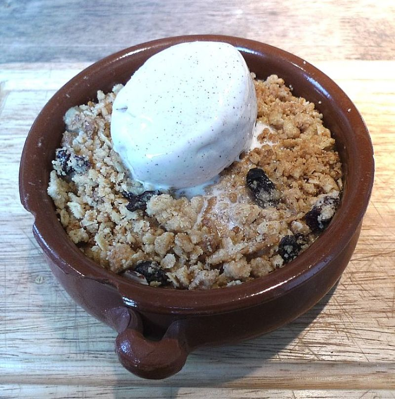 Fresh pear crumble is quick and easy to make. Kids can help and it is delicious