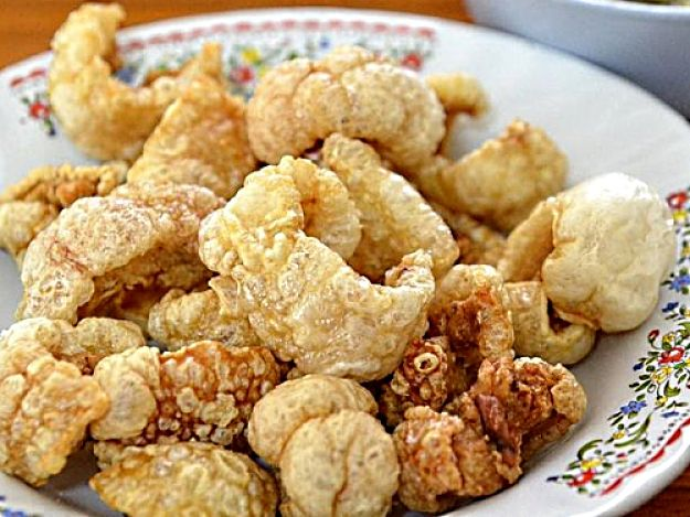 Homemade Pork Scratchings, Crackling Recipe for Roasts and Picnics and Snacks Anytime
