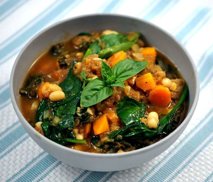 Ribollita Soup is a delight as a snack, a simple lunch or a main meal with extra bread. See the grest recipes in this article