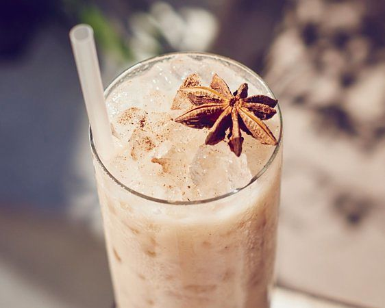 This Quinoa Horchata is a Healthy summer drink - Delicious and tasty - great to share