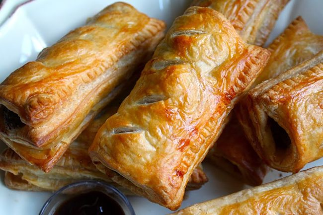Sausage rolls care a perfect snack and make a wonderful dish for parties and barbecues with your friends