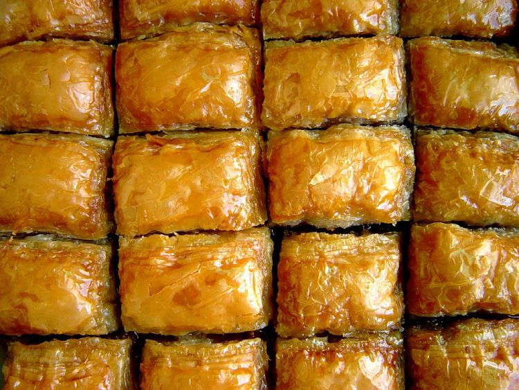 Half sheet pans are ideal for baklavas and many similar rolls, slices and baked goods
