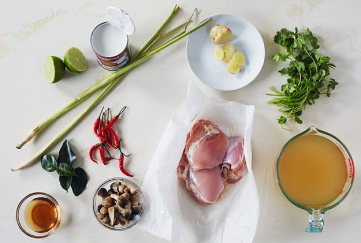 Display of ingredients used to make delicious Thai Tom Kha Gai at hoe using these simple recipes