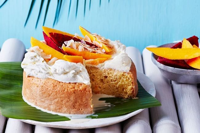Tres Leches cake with tropical fruit - see how to make it in this article